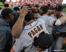 sf giants, san francisoc giants, photo, 10/11/2012, nlds clinch, win, angel pagan, pablo sandoval