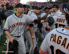sf giants, san francisoc giants, photo, 10/11/2012, nlds clinch, win, ryan vogelsong