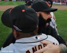 sf giants, san francisoc giants, photo, 10/11/2012, nlds clinch, win, pablo sandoval, brian wilson