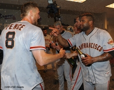 10/11/2012, nlds clinch, win, sf giants, san francisco giants, hunter pence, pablo sandoval