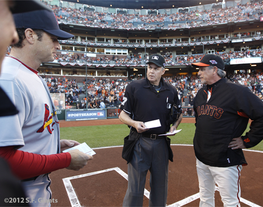 sf giants, san francisco giants, photo, 10/14/2012, nlcs game 1, mike matheny, umpires, ron wotus