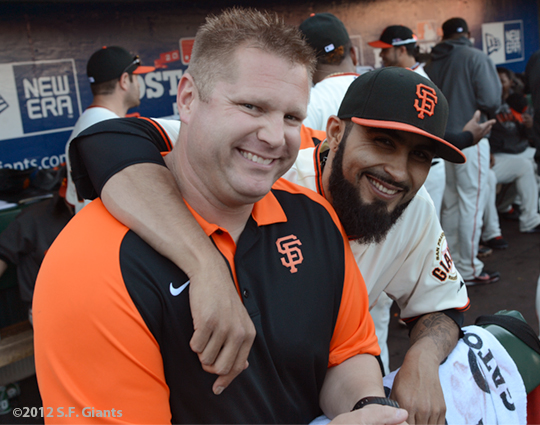 sf giants, san francisco giants, photo, 10/14/2012, nlcs game 1, carl kochan, sergio romo