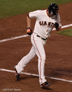 sf giants, san francisco giants, photo, 10/14/2012, nlcs game 1, aubrey huff