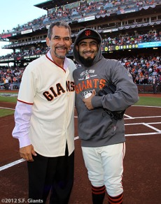 San Francisco Giants, S.F. Giants, photo, 2012, NLCS, Benito Santiago and Sergio Romo