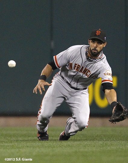 sf giants, san francisco giants, photo, 10/18/2012, nlcs game 4, angel pagan