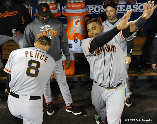 sf giants, san francisco giants, photo, 10/18/2012, nlcs game 4, hunter pence, pablo sandoval