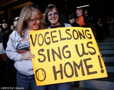 Fans of Vogelsong