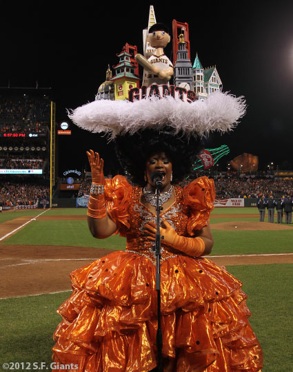 sf gaints, san francisco giants, photo, 10/21/2012, nlcs game 6, beach blanket babylon