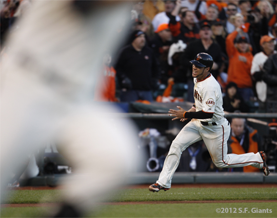 sf giants, san francisco giants, photo, 10/22/2012, nlcs game 7, clinch, gregor blanco