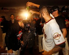 San Francisco Giants, S.F. Giants, photo, 2012, NLCS, Marco Scutaro, Sergio Romo