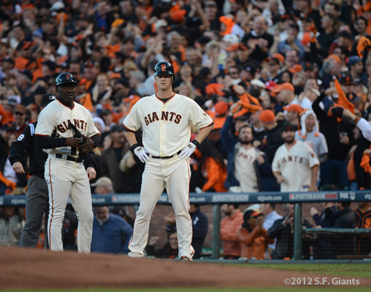 sf giants, san francisco giants, photo, 10/22/2012, nlcs game 7, clinch, roberto kelly, matt cain