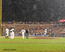 sf giants, san francisco giants, photo, 10/22/2012, nlcs game 7, clinch, sergio romo, rain
