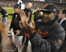 sf giants, san francisco giants, photo, 10/22/2012, nlcs game 7, clinch, bambam meulens