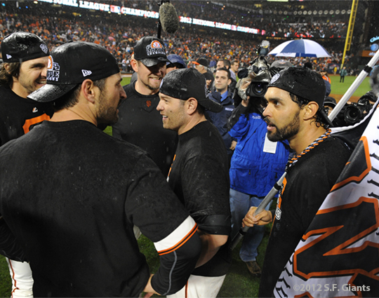 sf giants, san francisco giants, photo, 10/22/2012, nlcs game 7, clinch, xavier nady, angel pagan, freddy sanchez, aubrey huff, barry zito