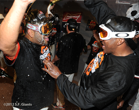 San Francisco Giants, S.F. Giants, photo, 2012, NLCS, Pablo Sandoval and Hensley Meulens
