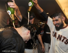 San Francisco Giants, S.F. Giants, photo, 2012, NLCS, Marco Scutaro, Matt Cain and Sergio Romo