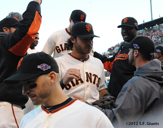 sf giants, san francisco giants, photo, 10/22/2012, nlcs game 7, clinch, brandon crawford