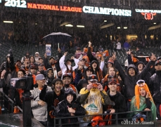 sf giants, san francisco giants, photo, 10/22/2012, nlcs game 7, clinch, fans