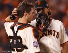 sf giants, san francisco giants, photo, 10/24/2012, world series game 1, buster posey, barry zito