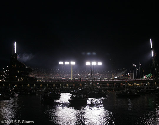 sf giants, san francisco giants, photo, 10/24/2012, world series game 1, at&t park