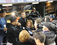 sf giants, photo, 10/26/2012, world series, hector sanchez, media