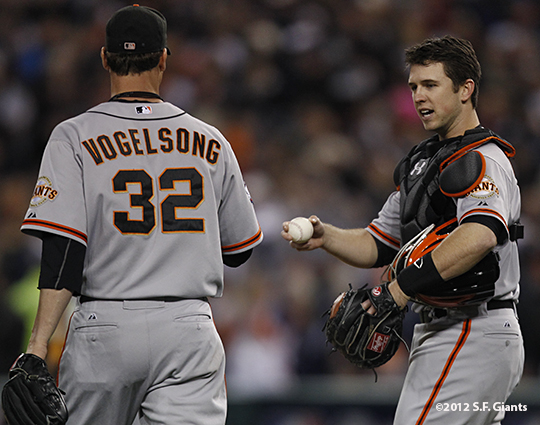 sf giants, photo, 10/27/2012, world series, game 3, ryan vogelsong, buster posey