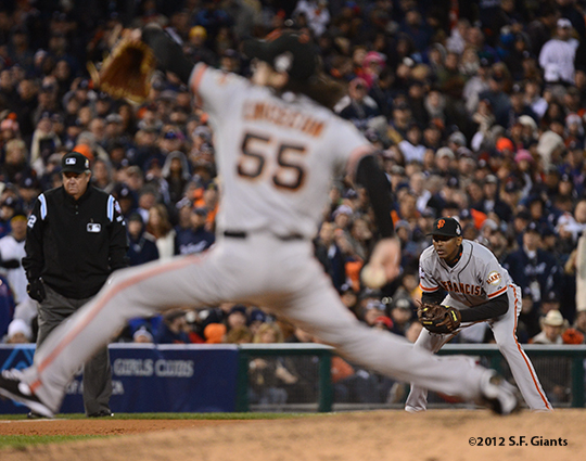 sf giants, photo, 10/27/2012, world series, game 3, tim lincecum, joaquin arias