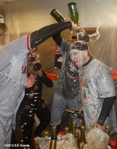 sf giants, san fracisco giants, photo, 10/28/2012, world series game 4, win, world champions, clubhouse