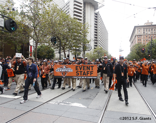 sf giants, san francisco giants, photo, 10/31/2012, parade, fans, giants event staff