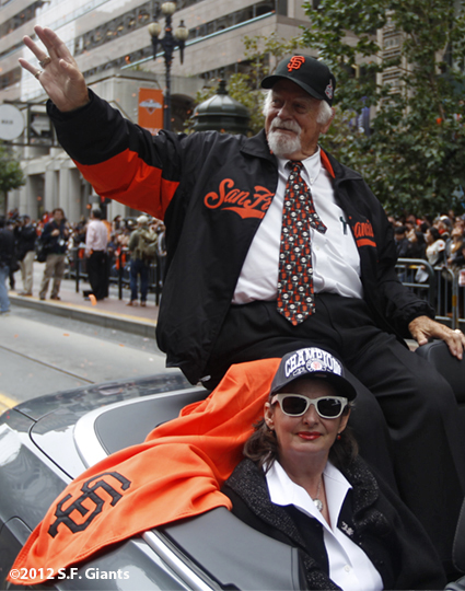 sf giants, san francisco giants, photo, parade, 10/31/2012, gaylord perry, hall of fame
