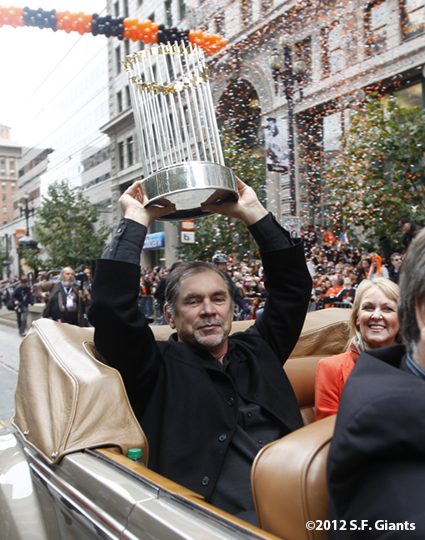 sf giants, san francisco giants, photo, parade, 10/31/2012, bruce bochy, trophy