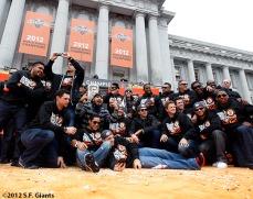 sf giants, san francisco giants, photo, parade, 10/31/2012, Team