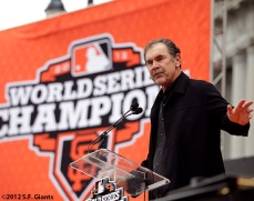 sf giants, san francisco giants, photo, parade, 10/31/2012, Bruce Bochy