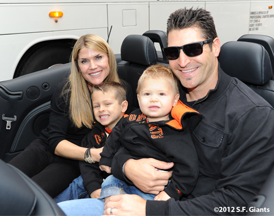 sf giants, san francisco giants, photo, parade, 10/31/2012, xavier nady