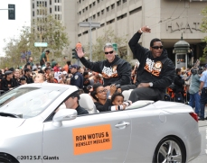 sf giants, san francisco giants, photo, parade, 10/31/2012, ron wtous, bambam heulens