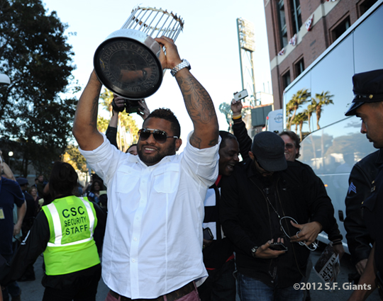 sf giants, san francisoc giants, photo, 10/29/2012, travel back to SF, fans, pablo sandoval