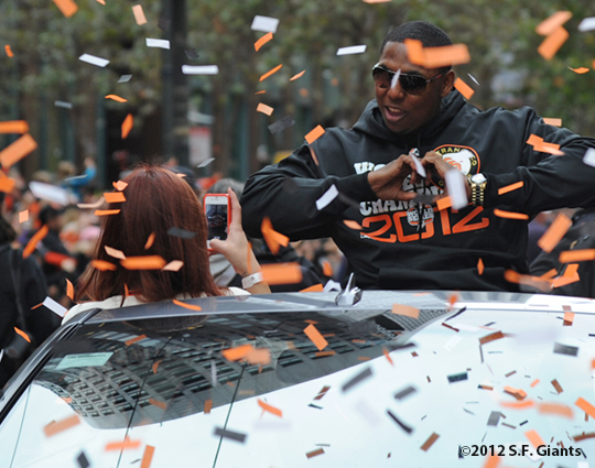 sf giants, san francisco giants, photo, parade, 10/31/2012, francisoc peguero