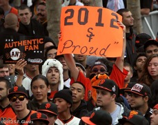 sf giants, san francisco giants, photo, parade, 10/31/2012, Fans