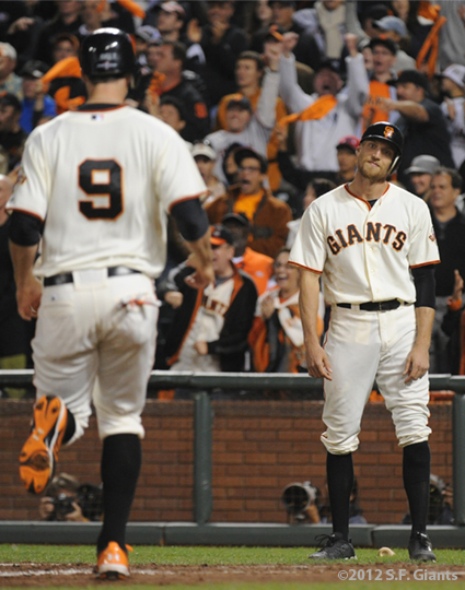 SF Giants, san francisco giants, photo, 10/14/2012, nlcs game 1, brandon belt, hunter pence