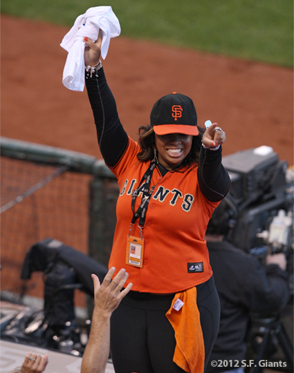 SF Giants, san francisco giants, photo, 10/14/2012, nlcs game 1, orange and black attack