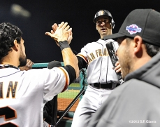sf giants, san francisco giants, photo, 10/19/2012, nlcs game 5, angel pagan, marco scutaro, clay hensley