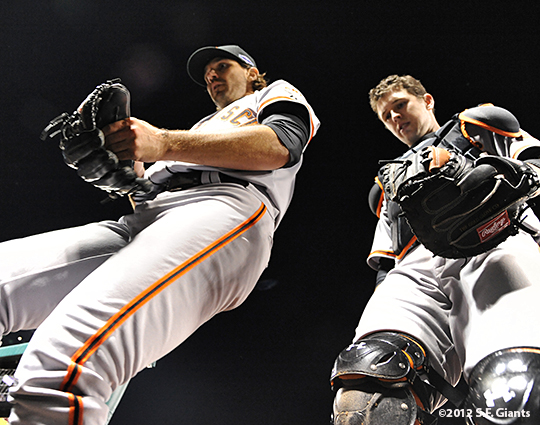 sf giants, san francisco giants, photo, 10/19/2012, nlcs game 5, barry ztio, buster posey
