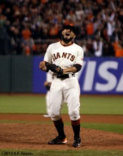 sf giants, clinch the west, photo, 2012, sergio romo