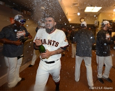 sf giants, clinch the west, 2012, photo, sergio romo