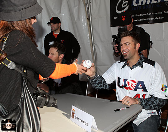 San Francisco Giants, S.F. Giants, photo, 2013, Fan Fest, Jeremy Affeldt