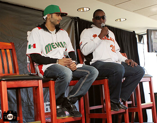 San Francisco Giants, S.F. Giants, photo, 2013, Fan Fest, Sergio Romo, Hensley Meulens