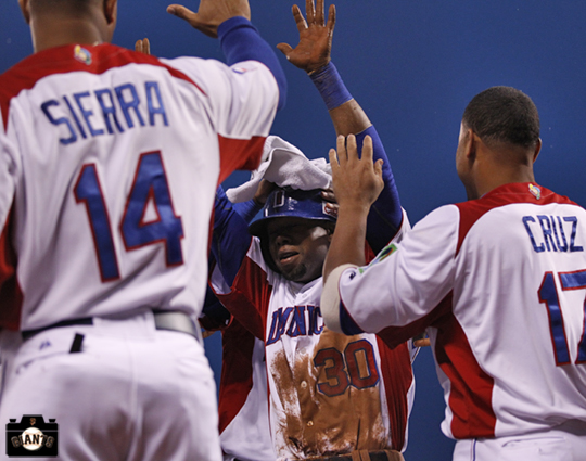 alejendro de aza, sf giants, 2013 world baseball classic, dominican republic, puerto rico,