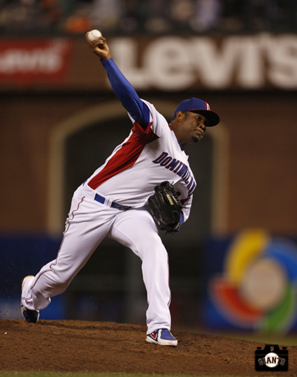 santiago casilla, sf giants, 2013 world baseball classic, dominican republic, puerto rico,