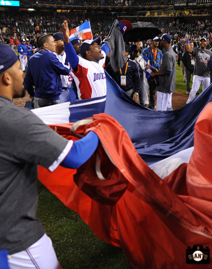 sf giants, 2013 world baseball classic, dominican republic, puerto rico, santiago casilla