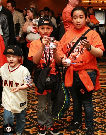 San Francisco Giants, S.F. Giants, photo, 2013, Play Ball Lunch, Jr. Giants